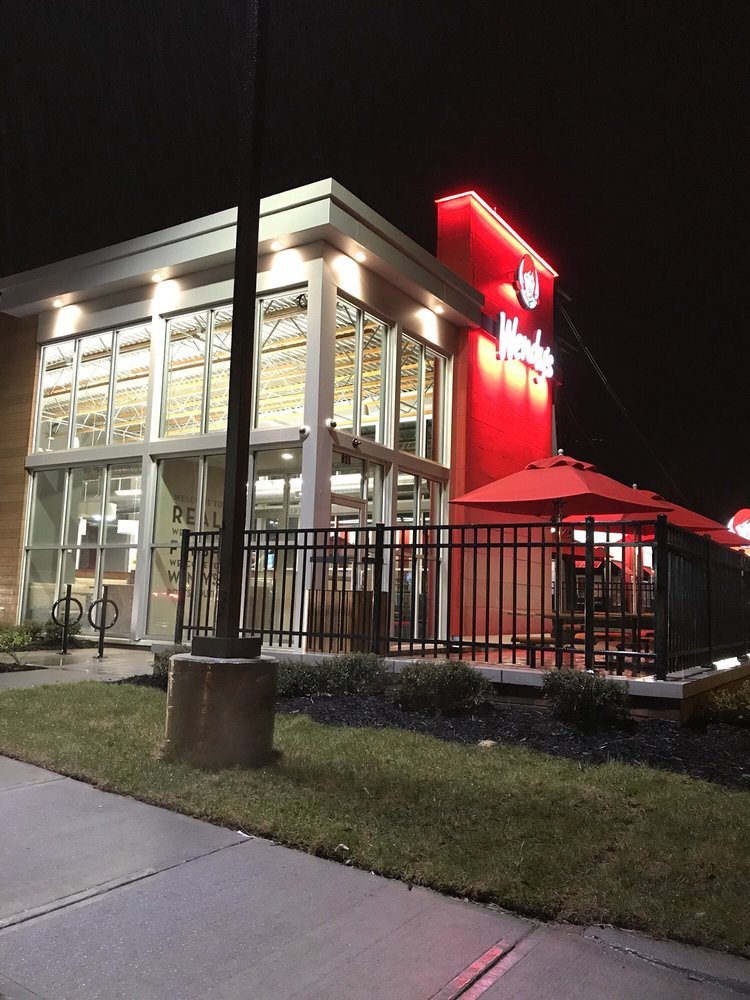 Wendy's: 835 London Blvd, Portsmouth, VA