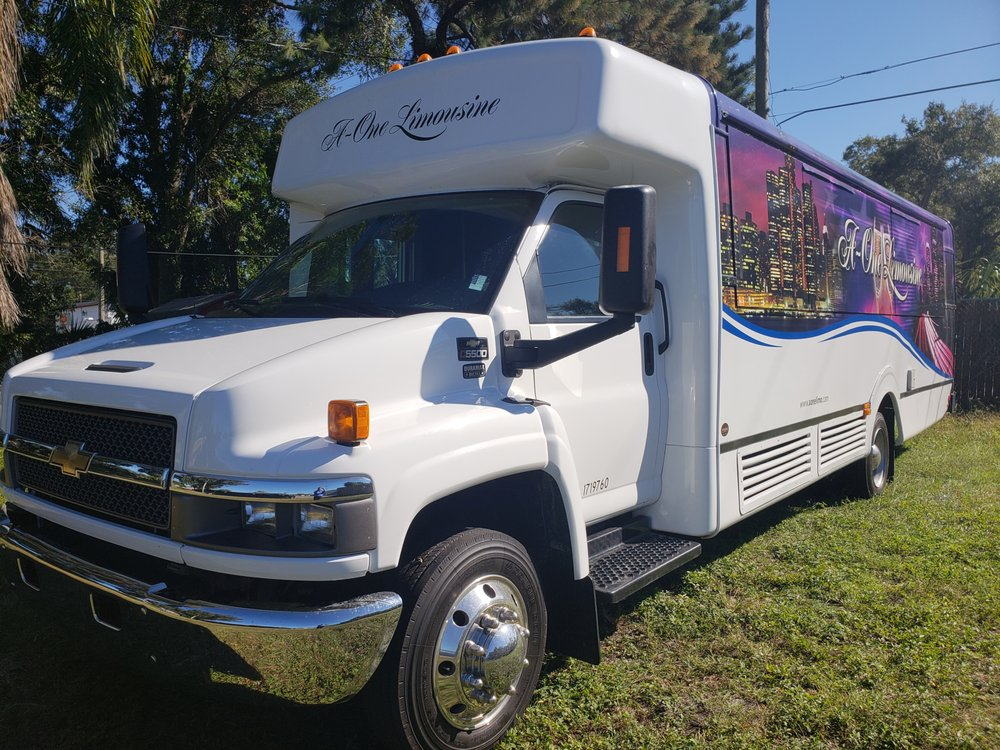 Compass Limo of Tampa Bay: 6158 Park Blvd, Pinellas Park, FL