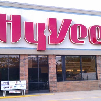Hy-Vee Food Stores - 22 Photos - Grocery - 1125 N Dodge St, Iowa ...