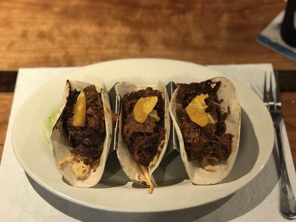 El's County Line Bar & Grill