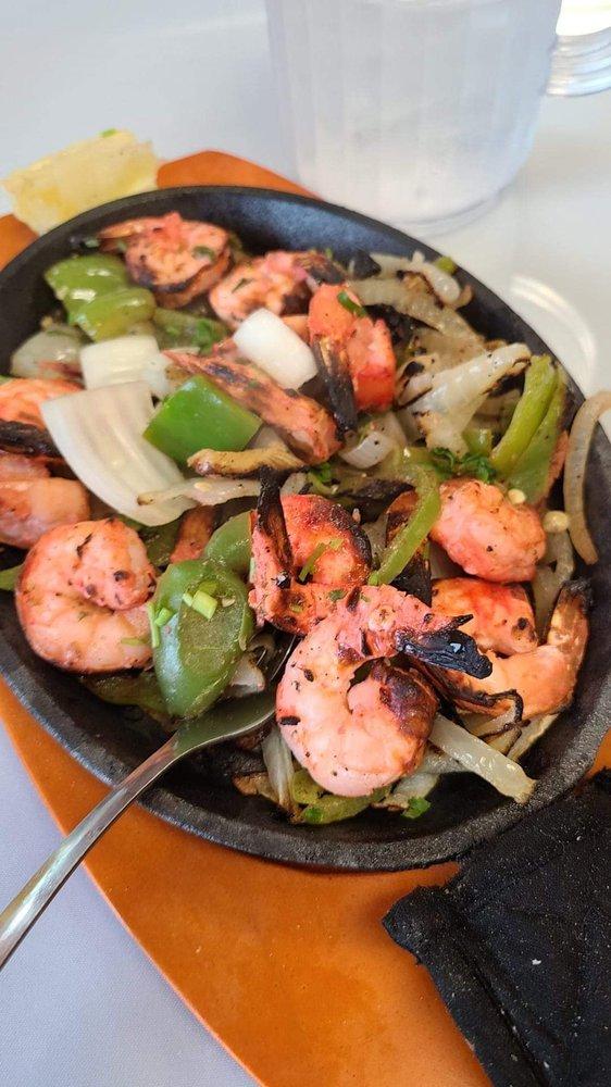 Doste Indian Cuisine: 6536 E Livingston Ave, Reynoldsburg, OH