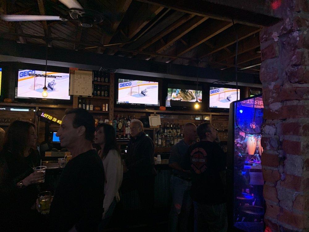 K.J. Farrell's Bar & Grill: 242 Pettit Ave, Bellmore, NY