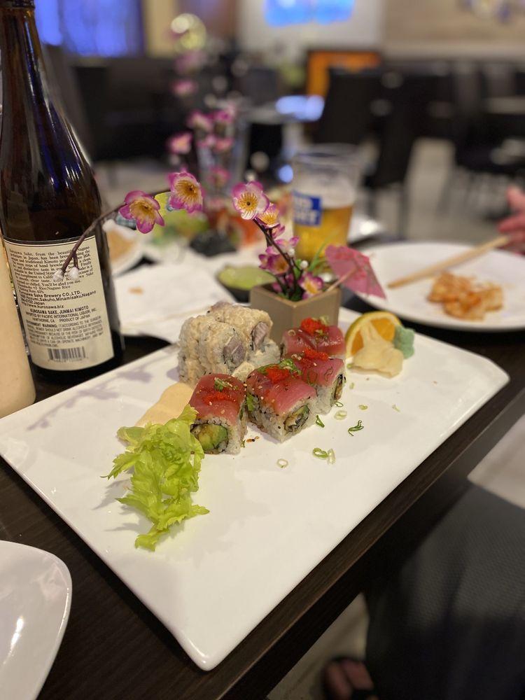 E Sushi & Grill: 6428 US Hwy 41 N, Apollo Beach, FL