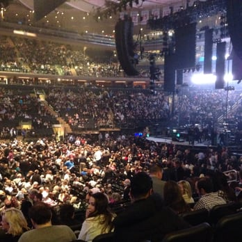Photo Of Billy Joel At Madison Square Garden   New York, NY, United States