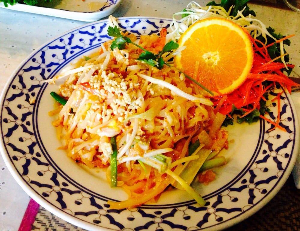 Thai Garden Restaurant Closed 71 Photos 204 Reviews