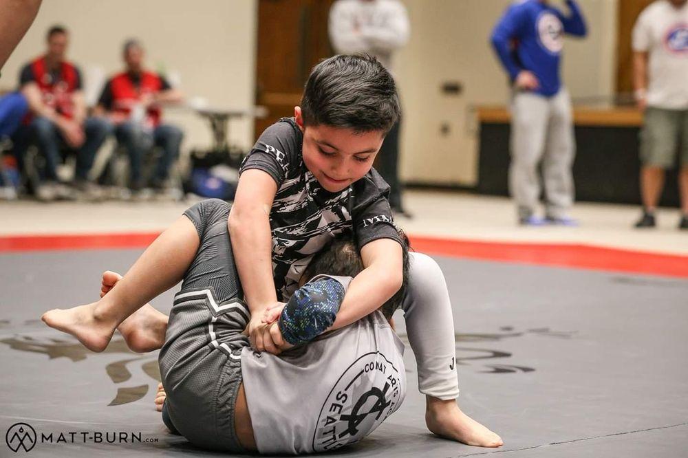 Peak MMA & Fitness: 328 37th St NW, Auburn, WA