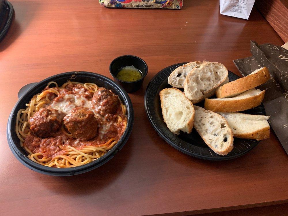 Biaggi's Ristorante Italiano: 5990 University Ave, West Des Moines, IA