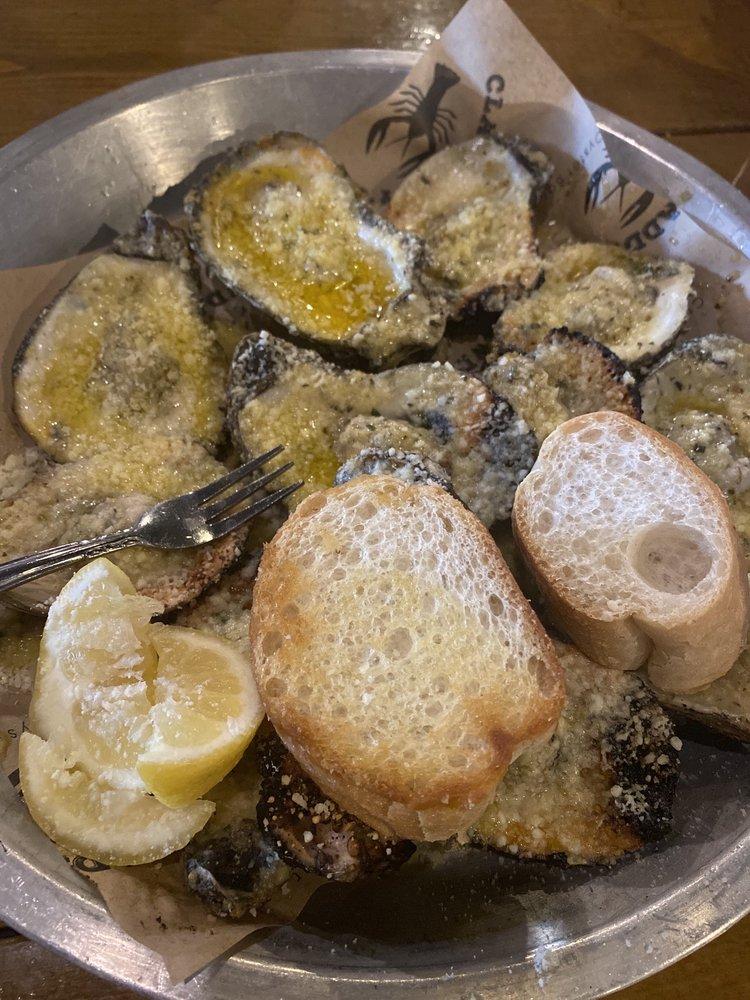 Clawdaddy's Crawfish And Oyster Bar: 7601 Hwy 165, Monroe, LA