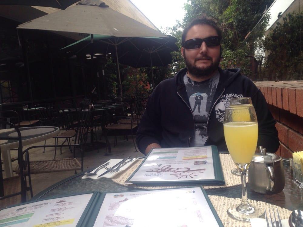Hill Street Cafe Brunch Ventura