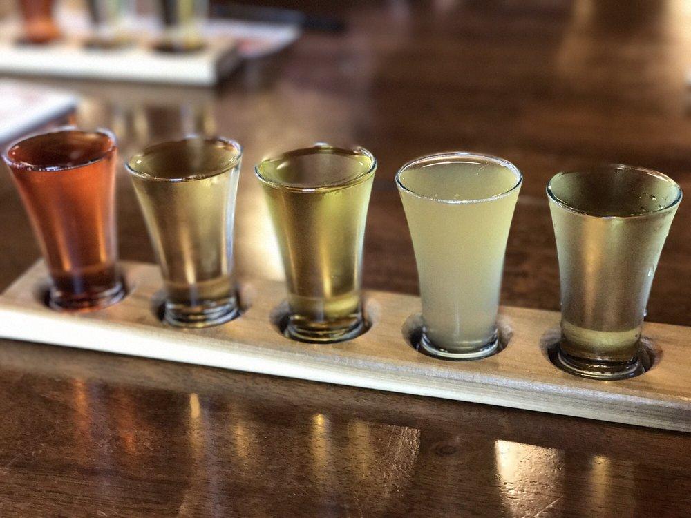 Portland Cider Company: 8925 SE Jannsen Rd, Clackamas, OR