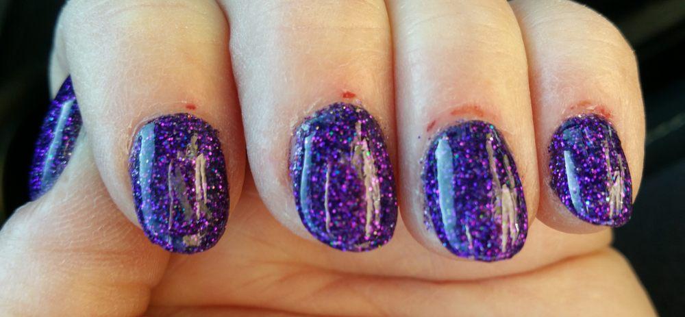 Tia's Silver Nails