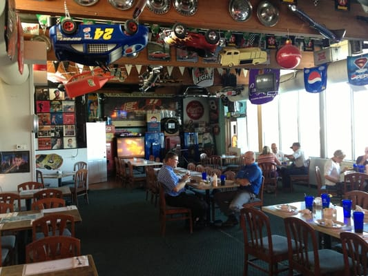 Elvis S Bar And Grill 2016 Airport Rd Pendleton Or Restaurants Mapquest