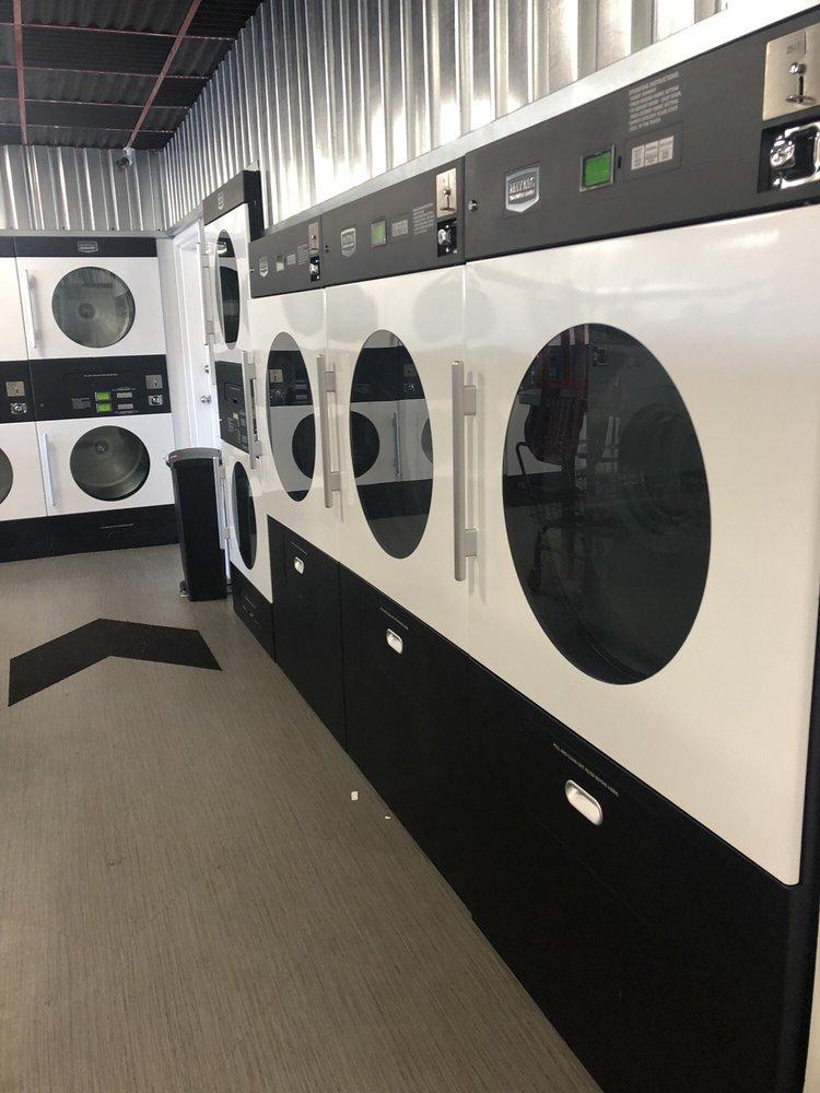 Laundry Hut: 1679 N Main St, Layton, UT