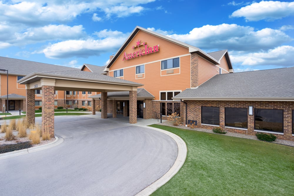 AmericInn by Wyndham Green Bay East: 2628 Manitowoc Road, Green Bay, WI