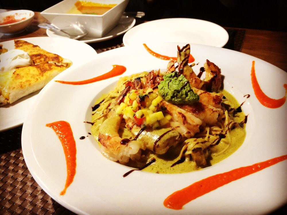 Camarones con fideos. Angel hair pasta with grilled shrimp and ...