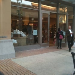 Pottery Barn Furniture Stores 8030 Renaissance Pkwy Durham Nc Phone Number Yelp