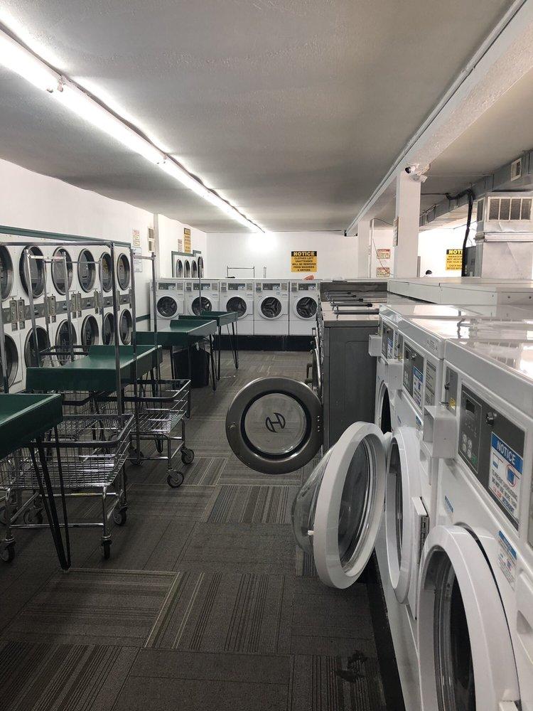 Hohmann's Plaza Laundromat: 1224 James St, Monroeville, PA