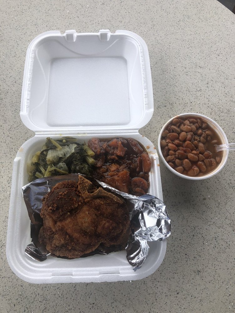 Cloray's Cafe: 2530 9th Ave N, Bessemer, AL