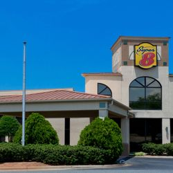 Super 8 By Wyndham Huntersville Charlotte Area Hotels 14135 Statesville Rd Nc Phone Number Yelp