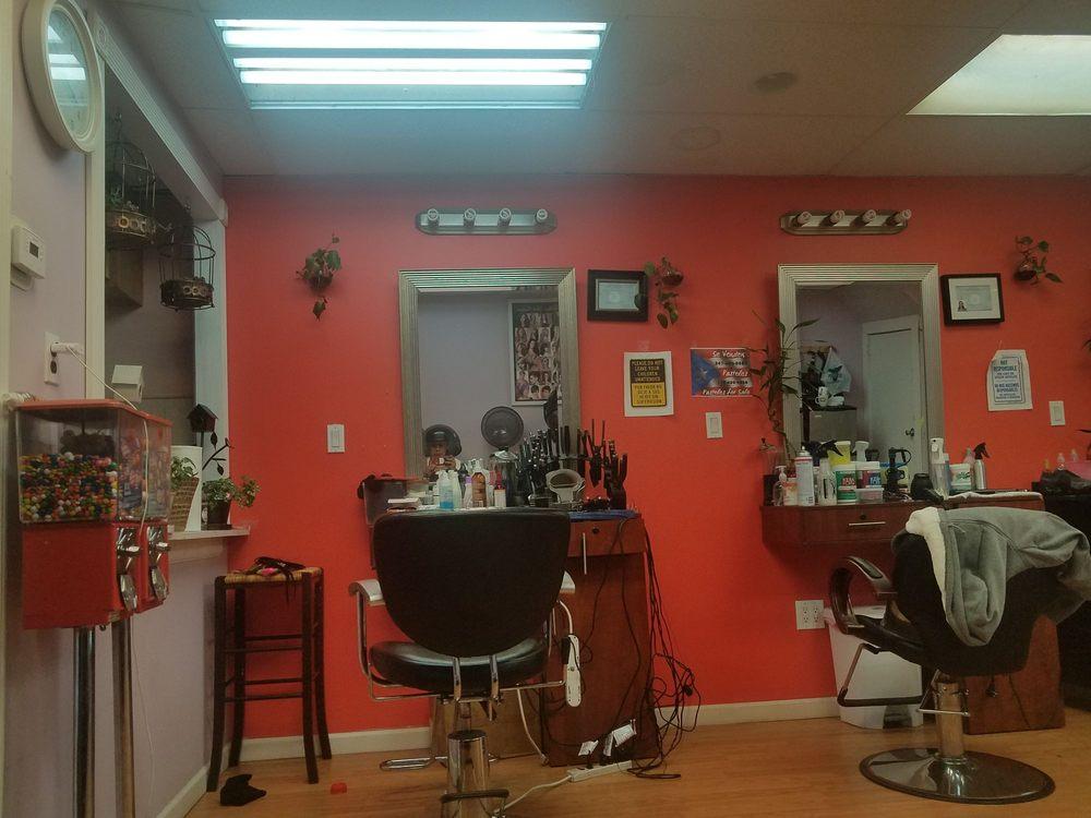 Jessie & Aleanny Beauty Salon: 100 Victory Blvd, Staten Island, NY