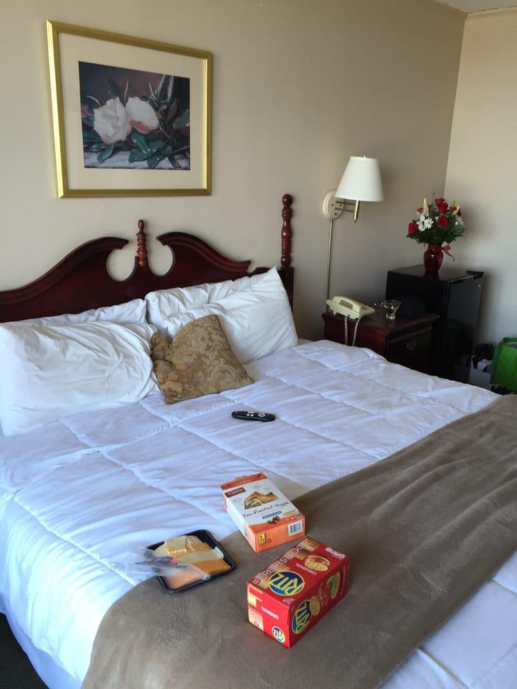 Duke Of York Hotel 11 Photos 22 Reviews Hotels 508 Water St Yorktown Va Phone Number Yelp