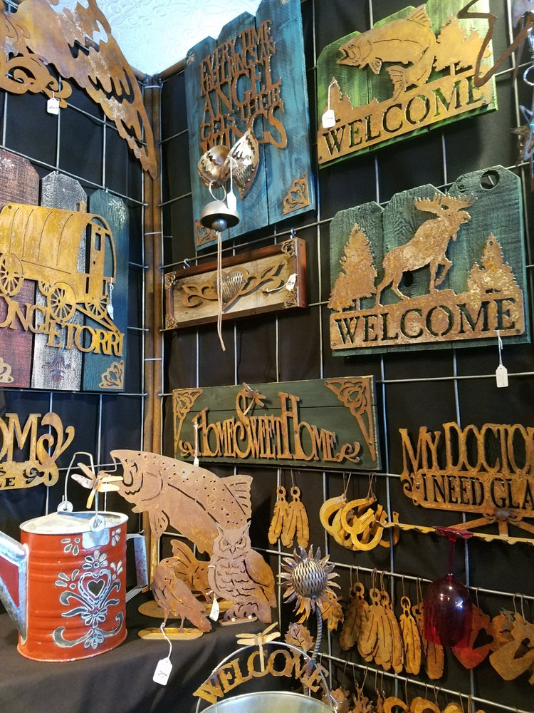 2nd Time Around Antique Mall: 102 S Rail St E, Shoshone, ID