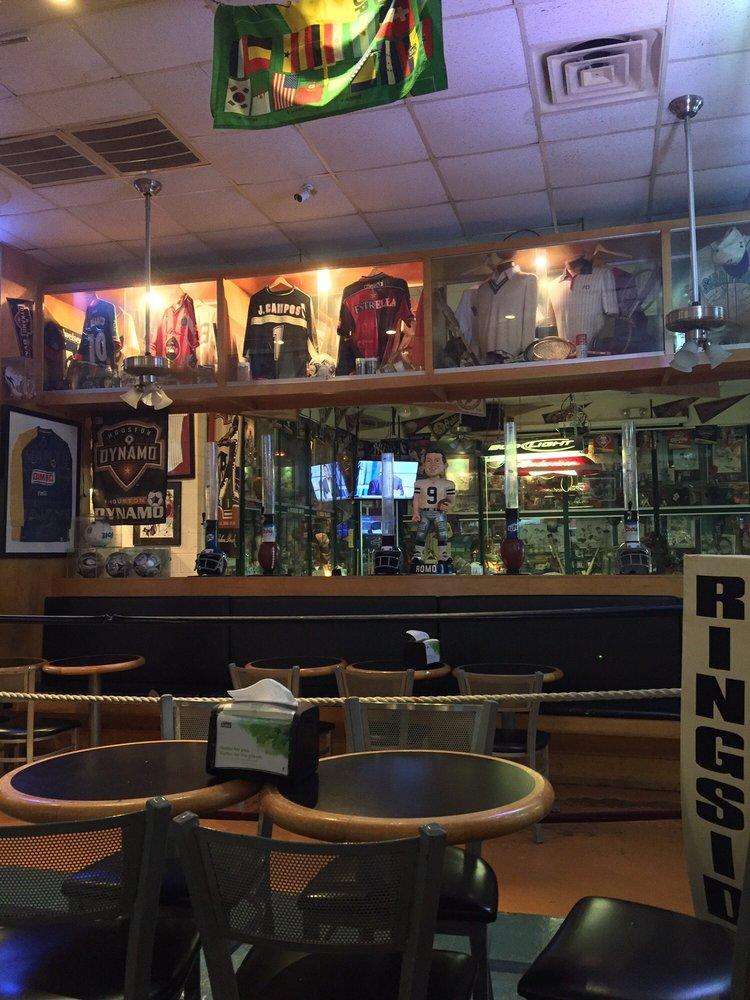 Doubleday Sports Bar & Grill: 402 W Hwy 100, Port Isabel, TX