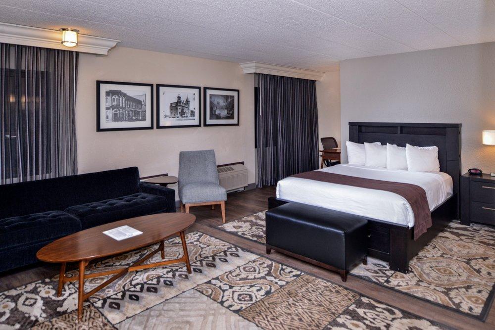 Best Western Kelly Inn: 1607 E Highway 50, Yankton, SD