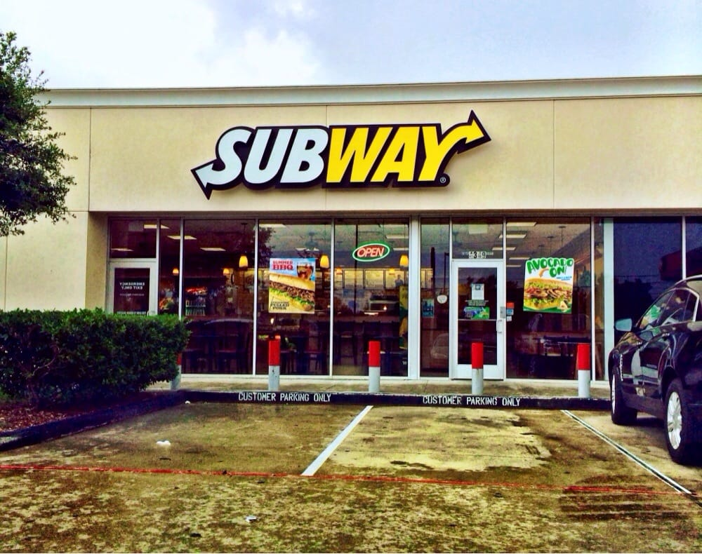 Subway: 4349 N Main St, Baytown, TX