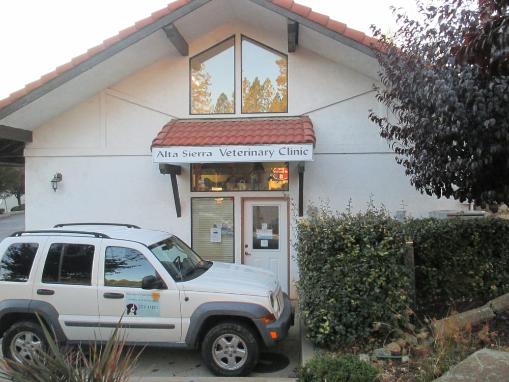 Alta Sierra Veterinary Clinic: 10078 Alta Sierra Dr, Grass Valley, CA
