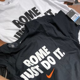 nike store italia roma