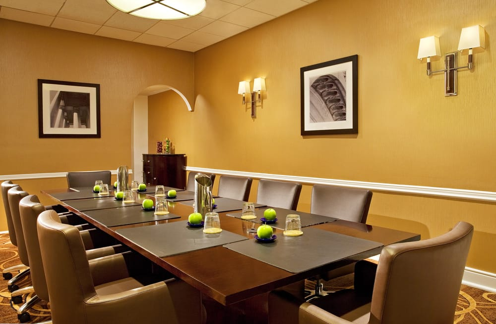 Restaurants Near Sheraton Pentagon City