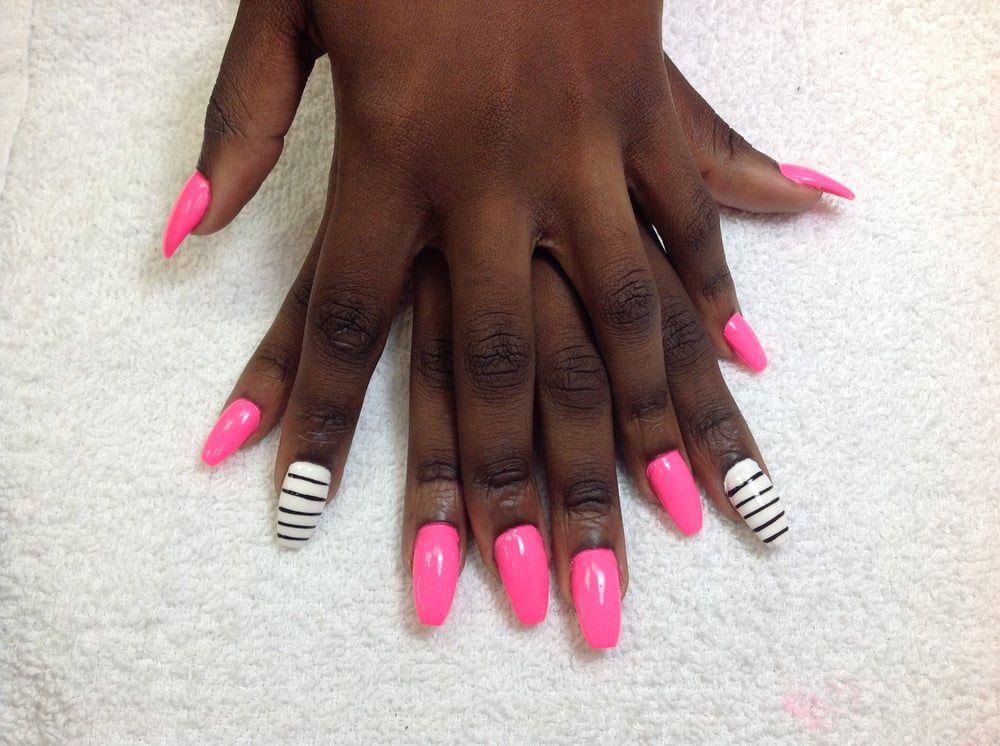 Photos for Happy Hour Nails - Yelp