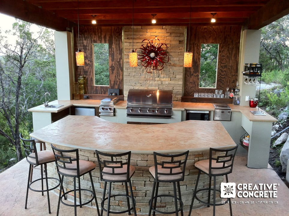 Outdoor kitchen built by Creative Concrete ®. Concrete countertops ...