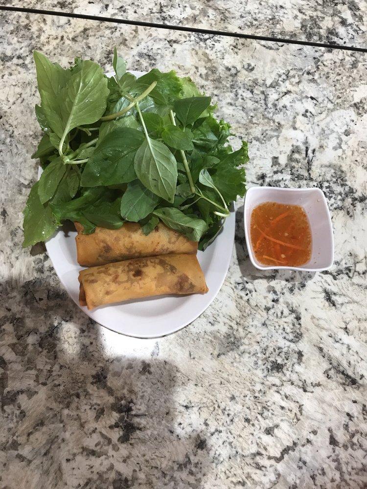Pho 68 Vietnamese Noodle House: 1414 E Del Mar Blvd, Laredo, TX