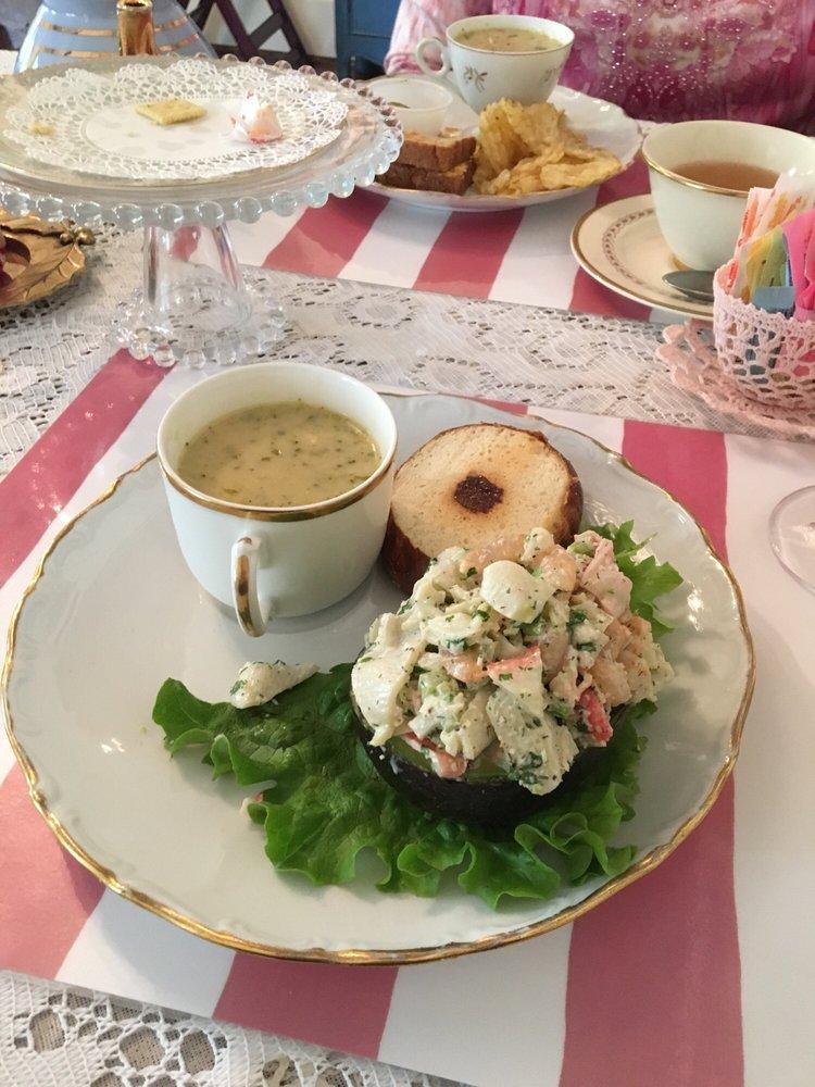 Uniquely Yours Tea Room: 607 N Beaton, Corsicana, TX
