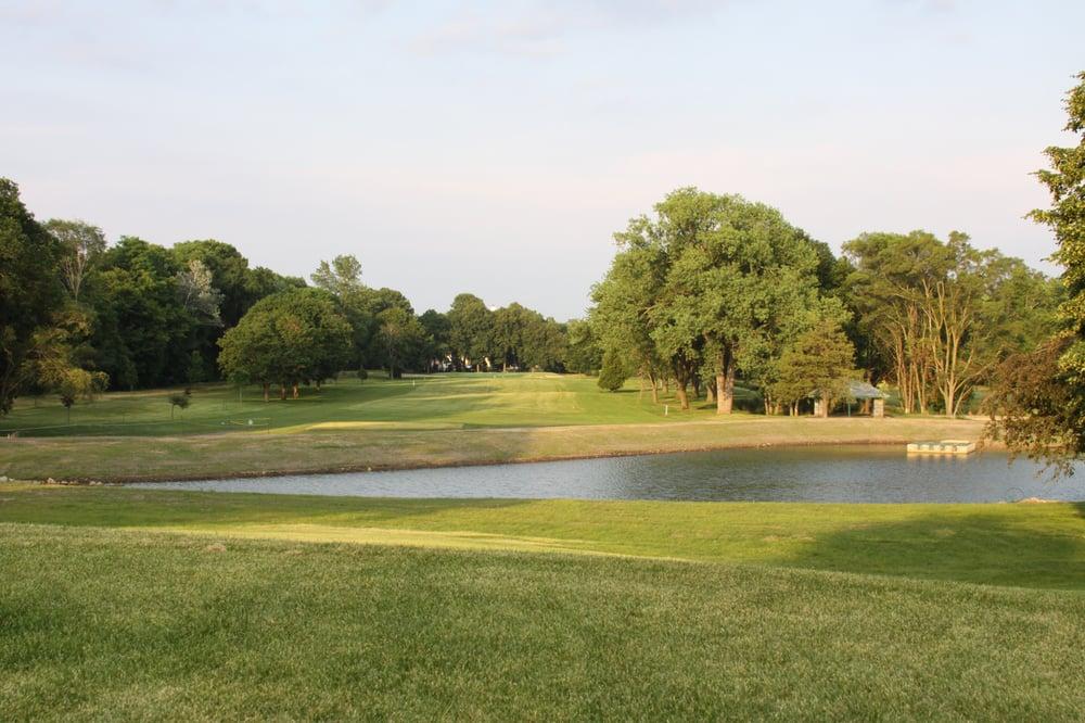 Krueger Haskell Golf Course: 1611 Hackett St, Beloit, WI