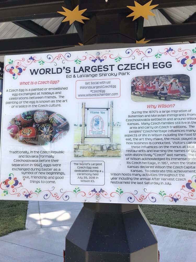 Photo of World's Largest Czech Egg: Wilson, KS