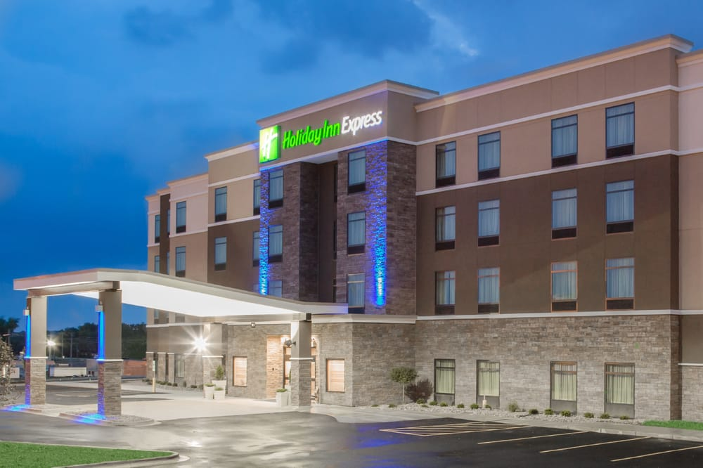 Holiday Inn Express Moline - Quad Cities: 2100 69th Ave, Moline, IL