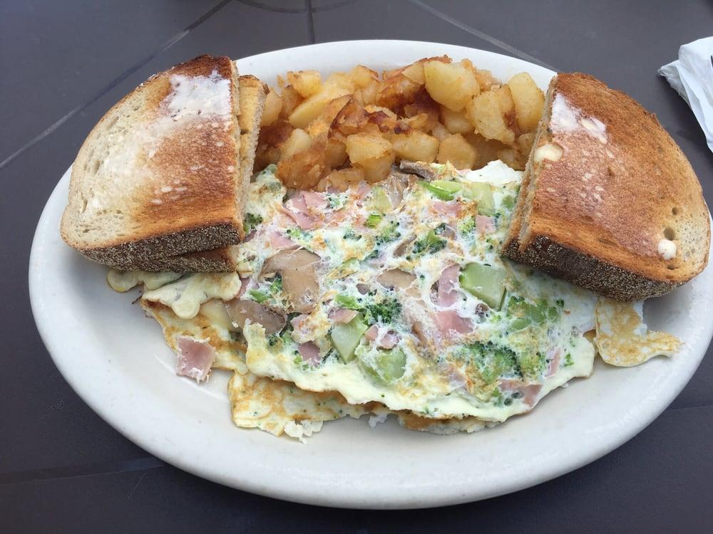 Jacqueline's Restaurant & Bakery - 20 Photos & 25 Reviews - Bakeries - 138 Greenwood Ave, Bethel