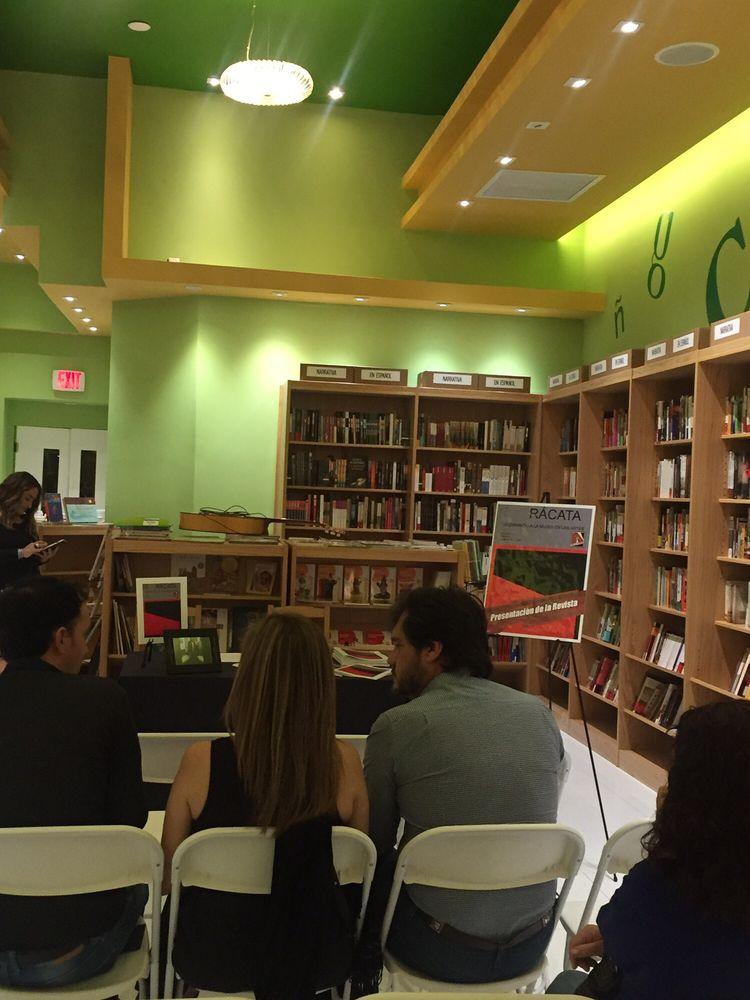 Altamira Libros: 219 Miracle Mile, Coral Gables, FL