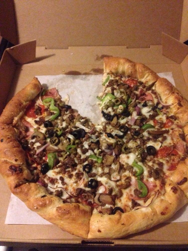 Pizza Inn: 612 N Smith St, Hebbronville, TX