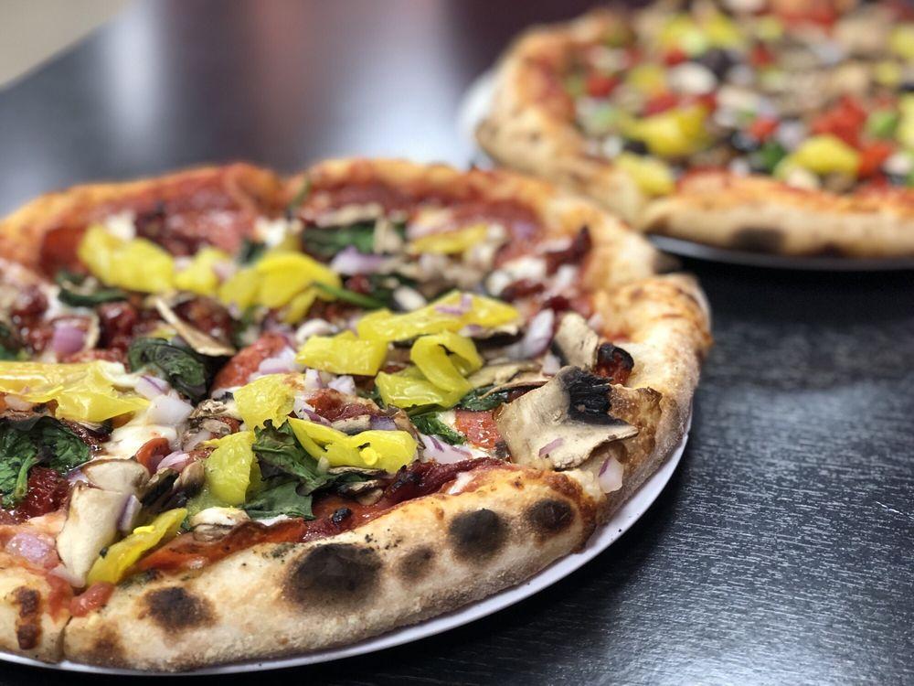 1000 Degrees Neapolitan Pizzeria: 237 S Battlefield Blvd, Chesapeake, VA