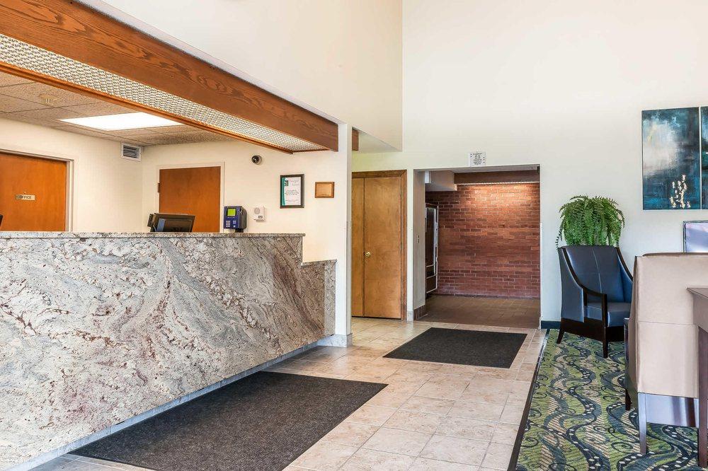 Quality Inn: 605 E Main St, Jackson, OH