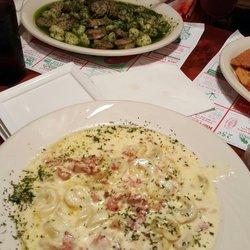 Carini S Italian Restaurant  Elizabeth Ave   Reading Pa