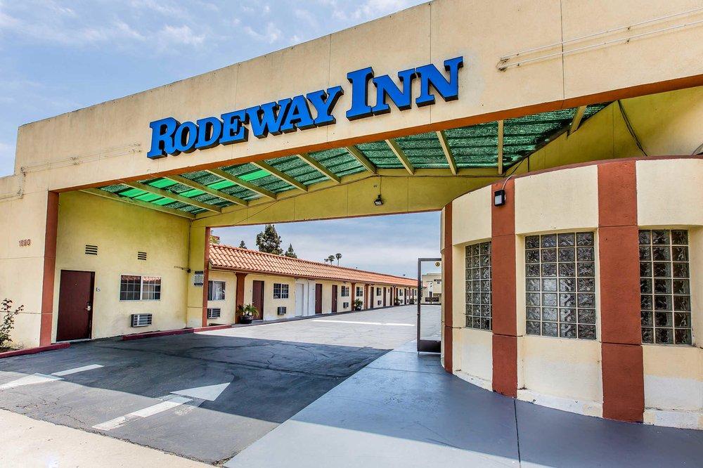 Rodeway Inn: 1690 E Thompson Blvd, Ventura, CA