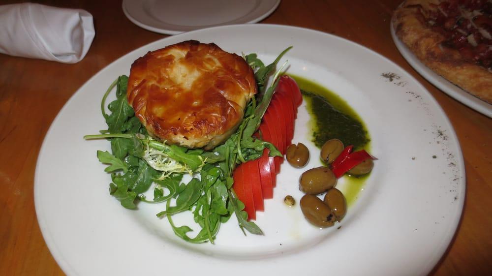 Salad Restaurants Near Yonge Davisville
