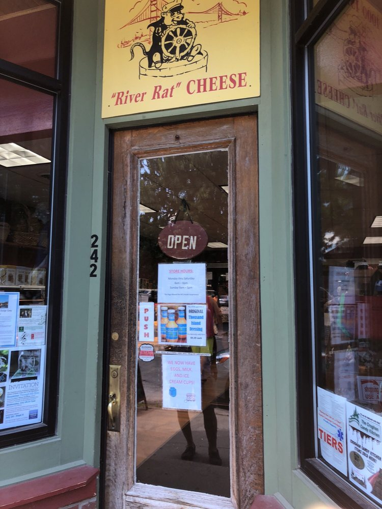 1000 Islands River Rat Cheese: 242 James St, Clayton, NY