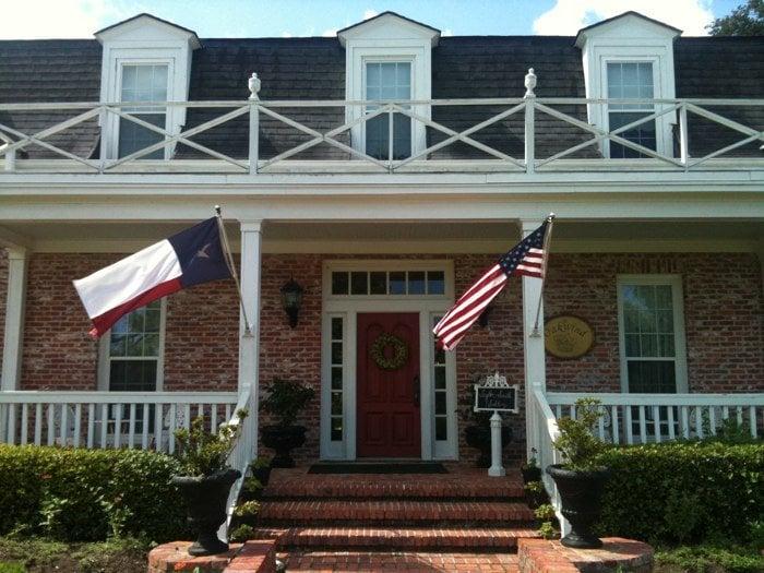 Oakwind B & B: 4601 County Rd 156, Alvin, TX