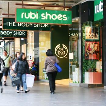 Shoe Shops Chadstone Melbourne